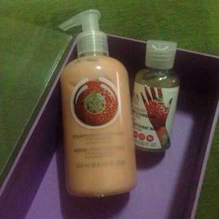 THE BODY SHOP original Stawberry BODY PURE and HAND CLEANSE GEL