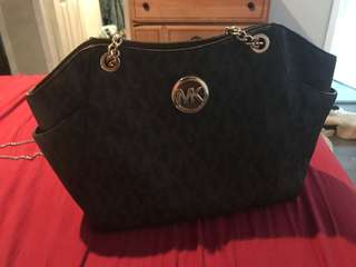 Michael Kors Jet Set Handbag - Authentic
