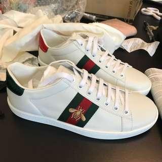 Gucci 鞋