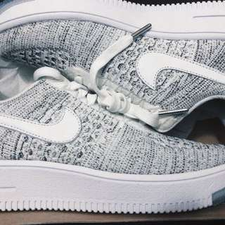 DEADSTOCK FLY-KNIT AIR FORCE 1 LOW - COOL GREY