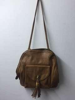Tassel vintage bag