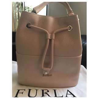 BNWT Furla drawstring bucket bag Rrp $669