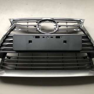 Lexus IS200T IS300 stock grille and rear diffuser