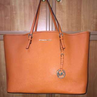 Michael Kors Jet Set Travel Tote -tangerine