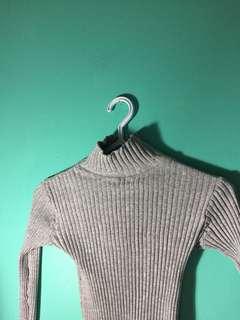 Ribbed mockneck sweater