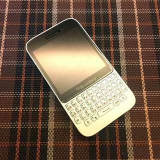 Blackberry Q5 2GB RAM