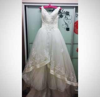 Annie Loiseau Bridal Gown