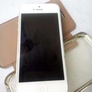SALE!!😍😍😍preloved iphone 5 32gb FU