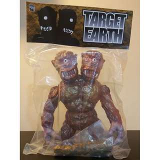 Target Earth x Medicom 2 Head Bemon Soutou Genjin Sofubi Kaiju