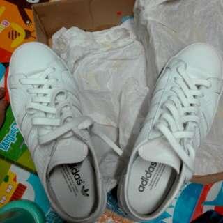 Adidas Court Vantage (White)