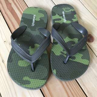 Old Navy Camo slippers