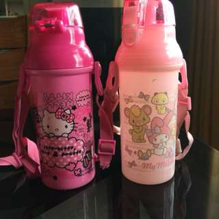 Hello kitty drinking bottle 100each