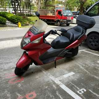 Selling stock condition HONDA Silverwing A 2005 model.