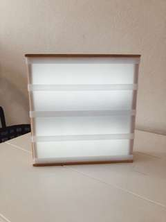 Small light box - works great. No letters.