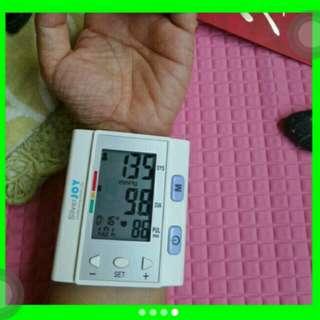 Digital Blood Pressure Monitor Wrist Type. 6 months warranty the mostEconomical blood pressure monitor under legitimatecertification!