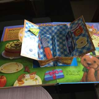 Picnic pop up book