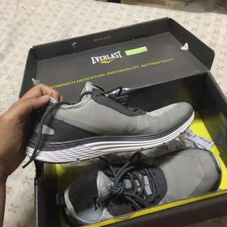 Everlast Running Shoes