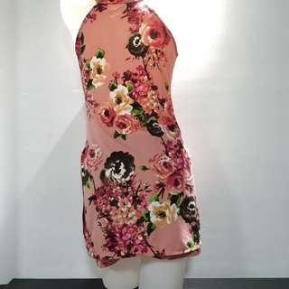 Repriced Floral summery body con dress with pair of short