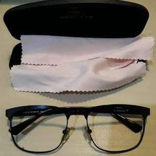 Kacamata LEIX