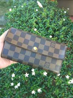 Used Authentic Louis Vuitton Sarah wallet