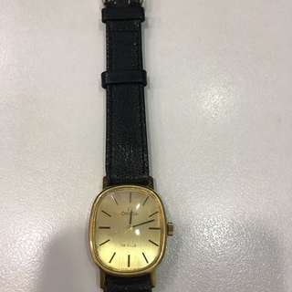 Omega 上鏈手錶