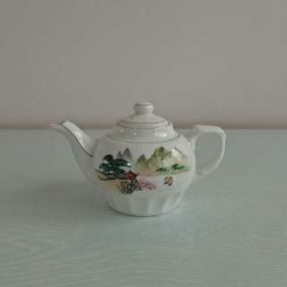 70s Old stock teapot unused mint