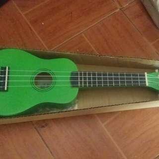 Ukulele Green