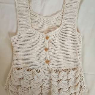 White/Cream knitted top