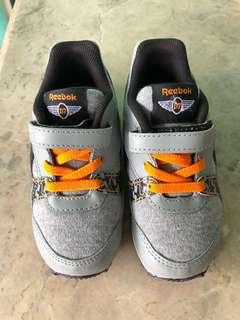 Preloved Reebok Disney Rubbershoes