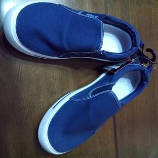 Airspeed Slip-on Sneakers (Blue)