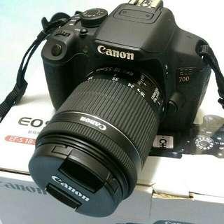 🚚 Canon eos 700d+ lens 18.55mm  full set acc boc