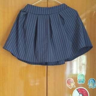 藍色百摺裙 blue strip skirt