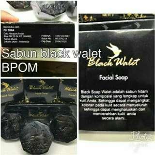 Black walet