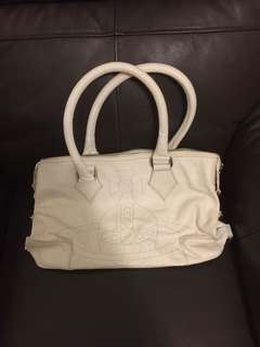 Vivienne Westwood white leather bag 全白真皮袋