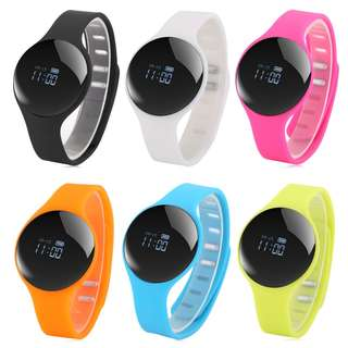 H8 BLUETOOTH 4.0 SPORTS SMART WATCH CALL REMINDER REMOTE CAMERA 26.00 x 4.00 x 1.00 cm