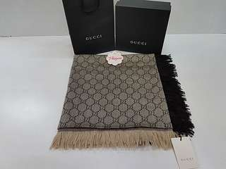 Authentic BNIB Gucci Large Shawl {{ Only For Sale }} ** No Trade ** {{ Fixed Price Non-Neg }} ** 定价 **