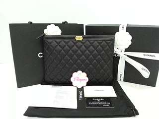 Authentic BNIB Chanel Quilted Caviar Leather Boy Medium O Case Matt Gold Hardware {{Only For Sale}} ** No Trade ** {{Fixed Price Non-Neg}} ** 定价 **