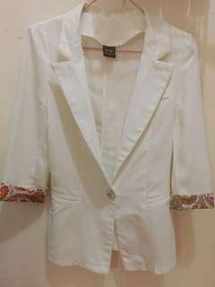MAGS White blazer