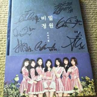Signed oh my girl album