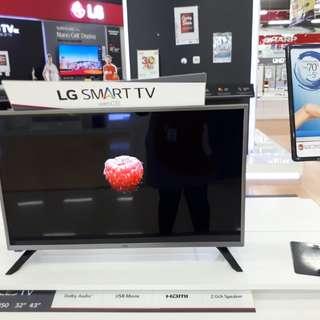 TV LG 32inch Smart TV bisa di cicil Bunga 0%
