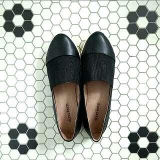 REDUCED Diana Ferrari 'Saviour' Black Flats