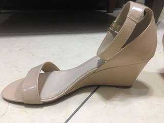 Repriced!!! Charles & Keith wedge