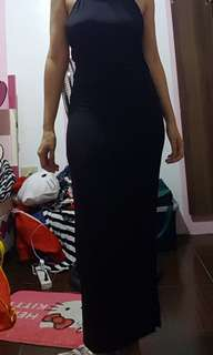 Maxi black dress with one side slit