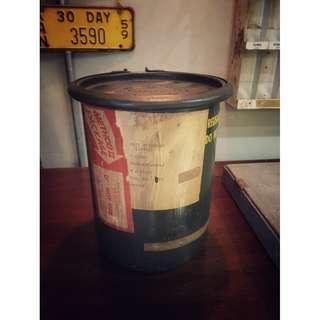 //ORI DECO工業風老件// 美國帶回 1965 軍用圓桶 濾毒罐存放筒 超帥