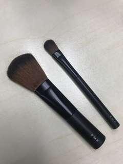 RMK 化妝掃一套兩支