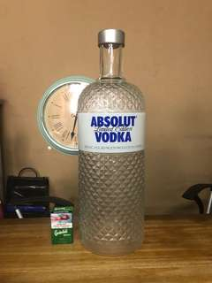 ABSOLUT VODKO 玻璃樽display