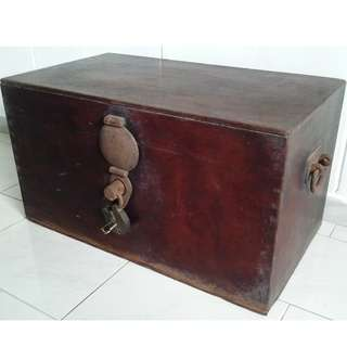 100+ YEARS OLD ANTIQUE CHEST BOX