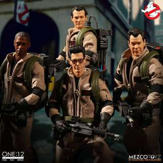 Mezco One:12 Collective - Ghostbusters Deluxe Box Set (Note: No Slimer)
