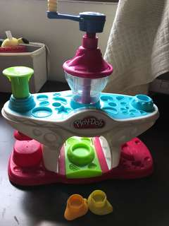Playdoh used toy ice cream set