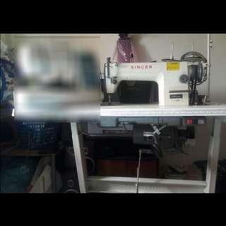 Singer Sewing Machine (Heavy Duty)